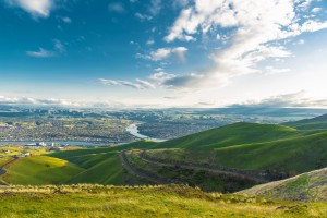 Clarkson, Washington (to the left) and Lewiston, Idaho (to the right)