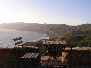 The view just before sunset at Ensenada's Cuatro Cuatros resort and outdoor restaurant (Photo Credit: Matilde Parante)